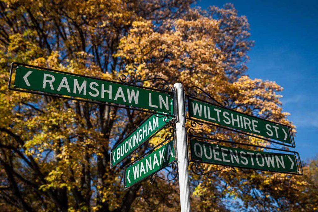 Straßenschilder von Arrowtown Neuseeland