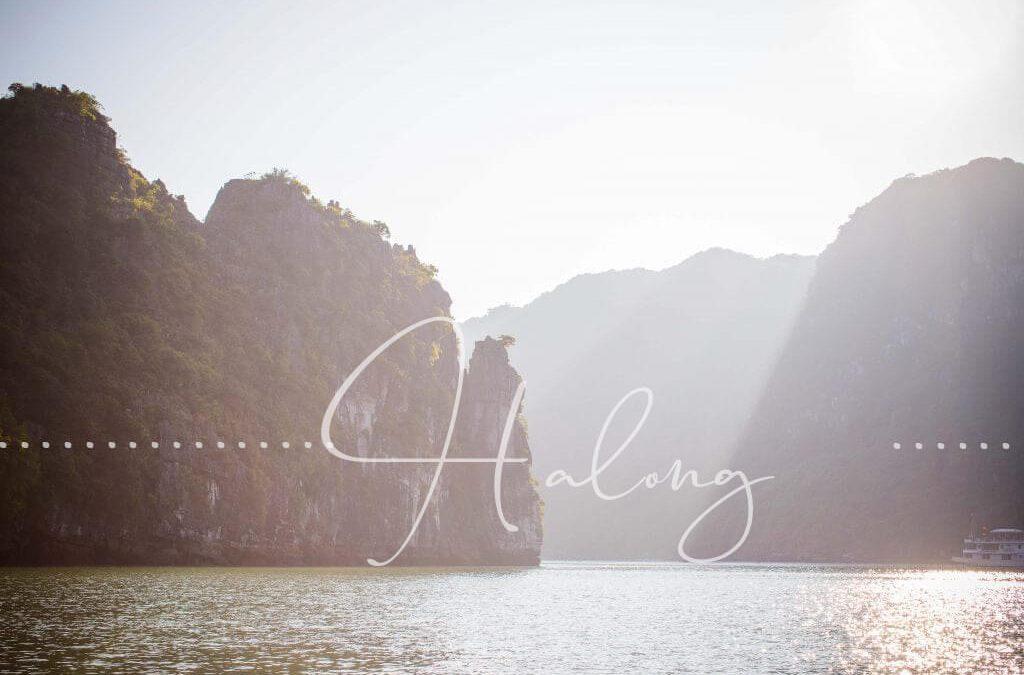 Halong Bucht und seine Inseln